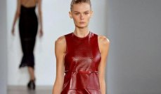 البساطة تسيطر على مجموعة Calvin Klein لربيع 2015