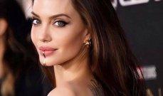 تساؤلات حول حجم صدر أنجلينا جولي وما علاقة صحتها بالموضوع؟ - بالصور