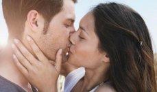 تعرّفي على أنواع القبلات الساحرة التي تثير رغبة الشريك