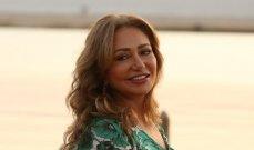 ليلى علوي تكشف سبب اعتزال شقيقتها التمثيل