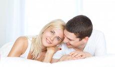 75% من الرجال لا يعارضون ممارسة الجنس خلال الدورة الشهرية فهل يسبب ذلك ضرراً؟