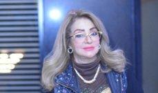 شهيرة اتُهمت بإرتدائها الحجاب مقابل ملايين وأثارت الجدل بخلعه.. ورفضت قُبلة نور الشريف