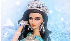 ملكة جمال غير لبنانية تسرق مساعدات الفقراء وعشيقها السياسي يتخلى عنها