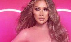 """بالصور والفيديو-مايا دياب بلوك """"الباربي"""" في أسبوع الموضة العربي"""