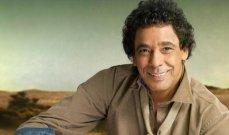 """خاص- """"الفن"""" يكشف تطورات حالة محمد منير الصحية.. هل بإمكانه الغناء على المسرح؟"""