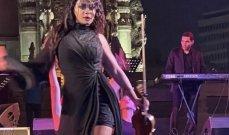 بالصور - عازفة الكمان حنين العلم تفاجئ الجمهور في مصر