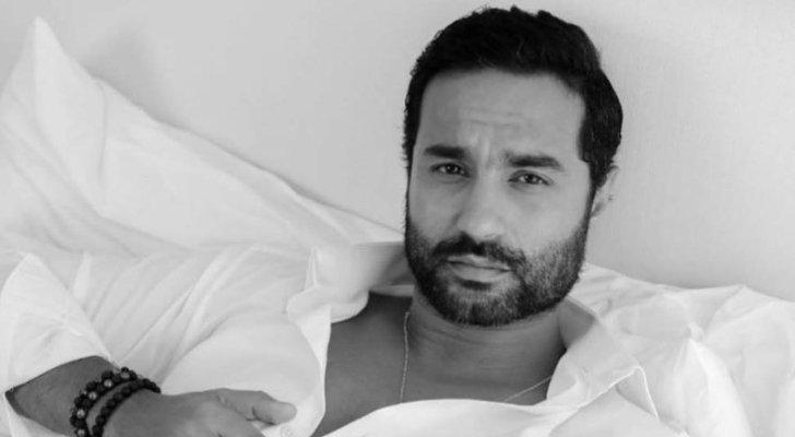 بالفيديو- كريم فهمي يكشف لأول مرة عن تطورات حالته الصحية.. هل اجتاز مرحلة الخطر؟