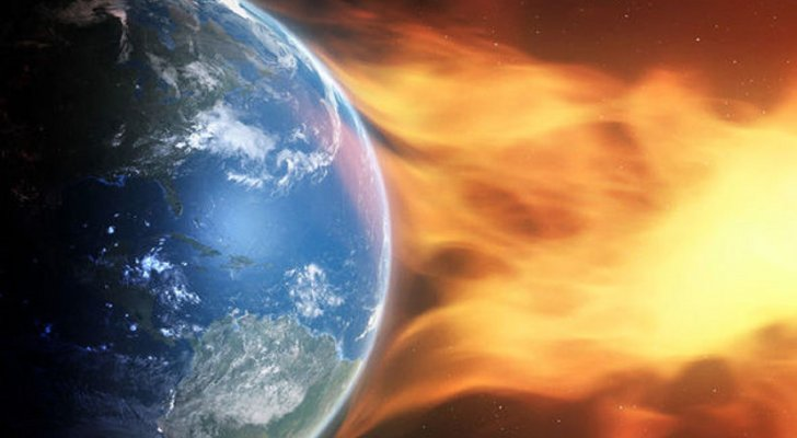 """ما حقيقة """"نهاية الإنترنت"""" بعاصفة شمسية؟"""