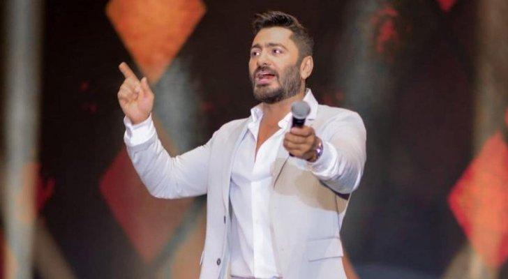"""تامر حسني يوجه الشكر لصناع فيلم """"مش أنا""""- بالصورة"""