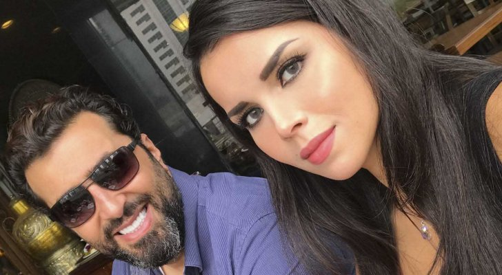 """زوجة باسم ياخور تهاجم مهووسي الأزياء """"دوروا على التفاصيل يلي بتخليكم ناس أفضل"""""""