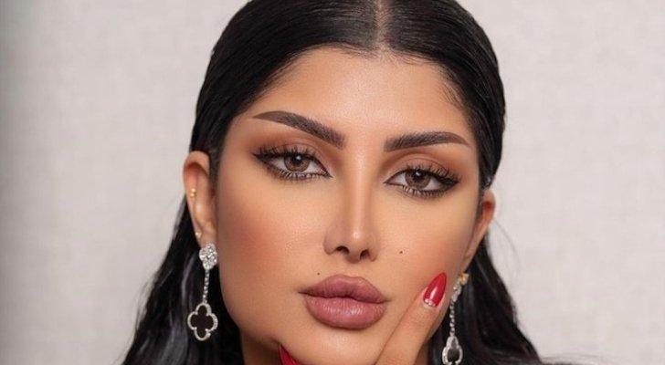 ملكة كابلي تخضع لعملية جراحية في شفتيها .. الفيلر يهدد حياتها - بالفيديو