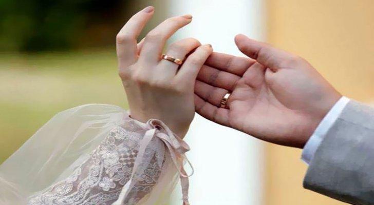 """زواج """"البارت تايم"""" يتصدّر قائمة محركات البحث"""
