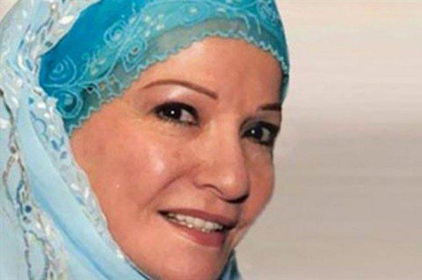 شادية تخرج عن صمتها بعد انتشار اخبار تدهور حالتها