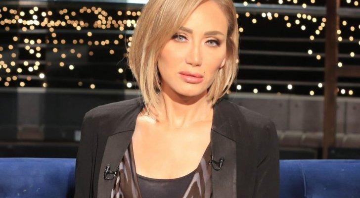 ريهام سعيد تضع رأسها على كتف إبنتها وتعتذر لسبب صادم-بالفيديو