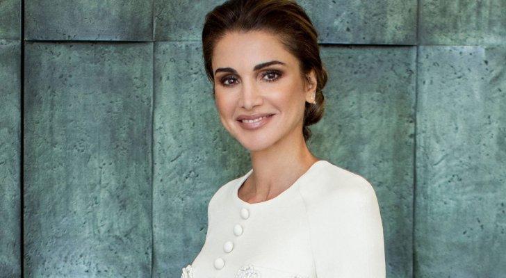 الملكة رانيا في البيت الأبيض.. وتتألق بفستان من توقيع مصمم لبناني- بالصور