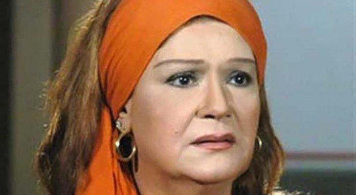 ميمي جمال تطلقت من زوجها حسن مصطفى بسبب فستان وتراجعت عن قرار اعتزالها لهذا السبب