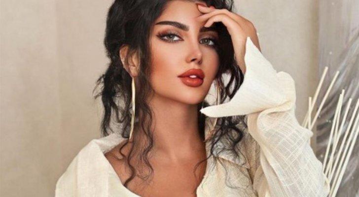 صورة لشفتي ملكة كابلي بعد الخياطة تثير حيرة المتابعين ..هكذا أصبح شكلهما