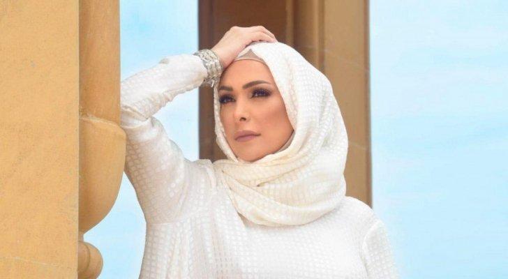 أمل حجازي تكشف وصفتها للحفاظ على رشاقتها من دون رجيم أو نادٍ رياضي.. بالفيديو