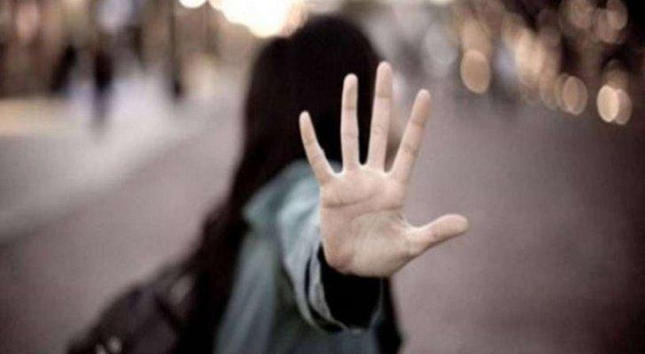 نجمة تركية شهيرة تتعرض للإنتقادات بعد خروجها من دون حمالة صدر – بالصور
