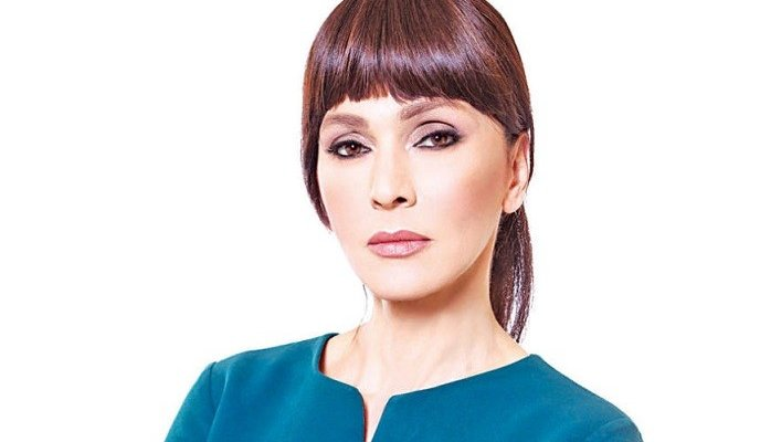 رولا حمادة برسالة مؤثرة عن الشباب في لبنان
