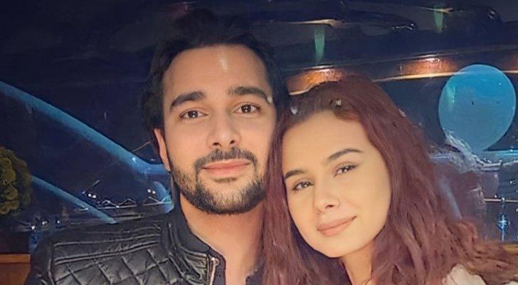 قبل زفافه من منة عرفة.. محمود المهدي يثير الجدل بصورته مع زوجته الثانية