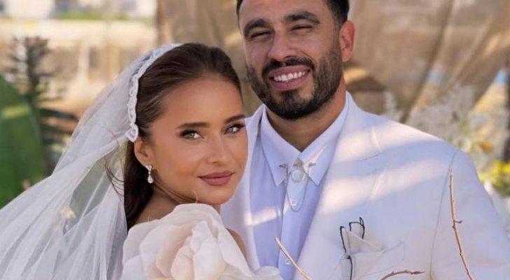 نيللي كريم تلفت أنظار المتابعين برقصها مع زوجها- بالفيديو